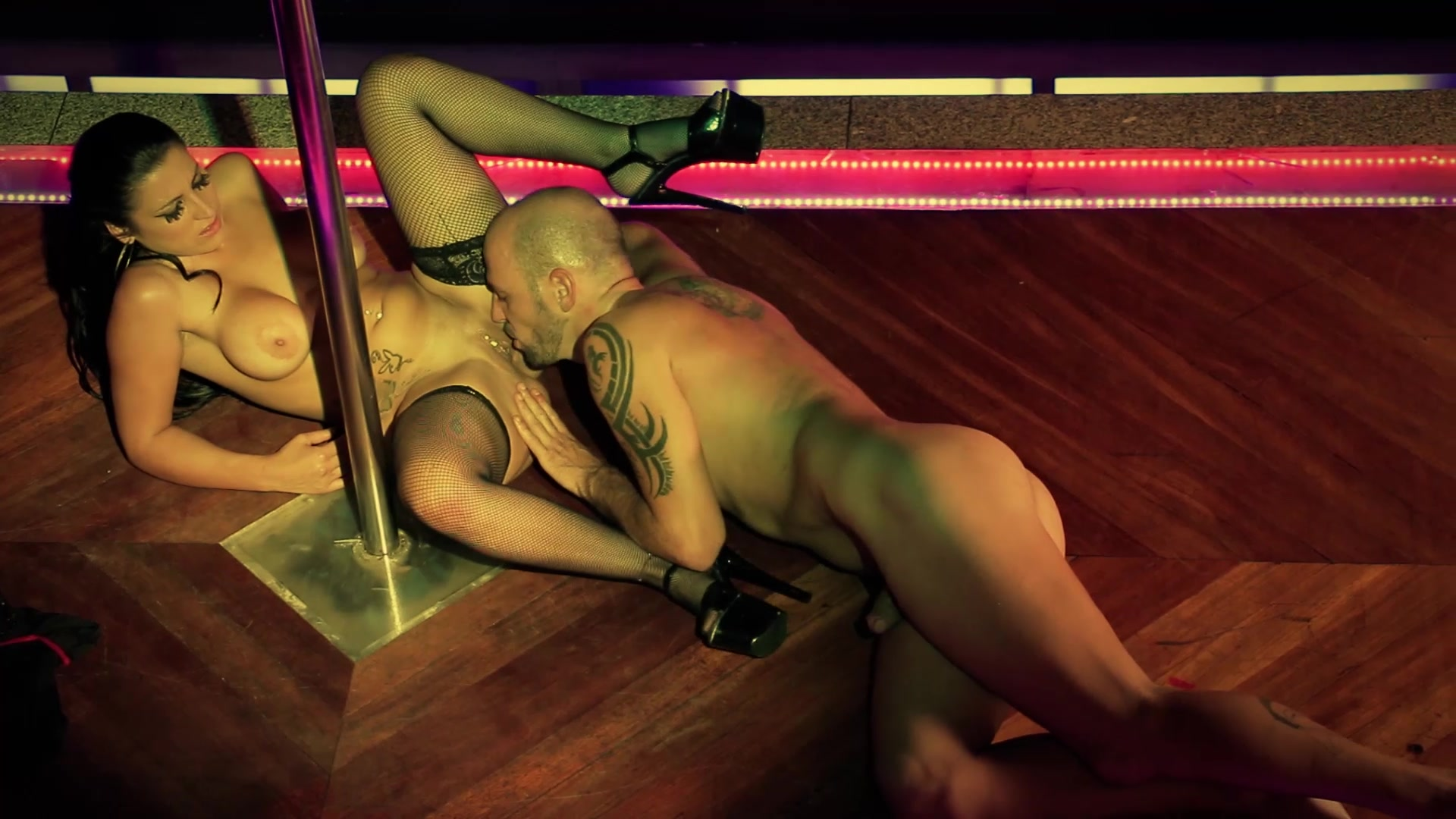 Fucking Stripper On The Stage, Free Xxx Stripper Porn Photo