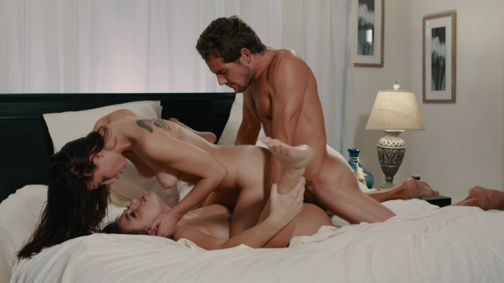 Streaming porn video still #1 from Threesome Encounters 3