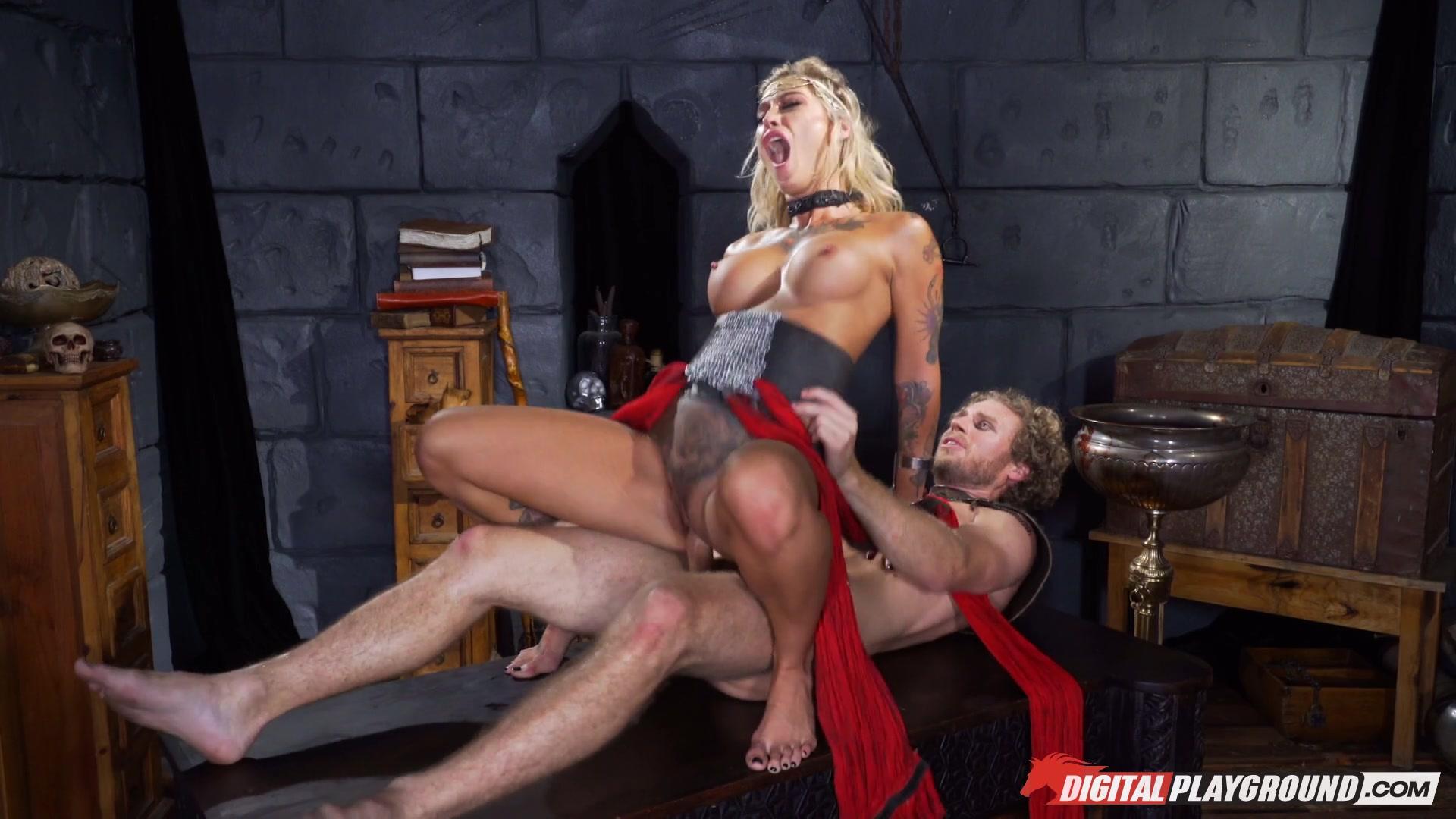 porn cum licking threesome