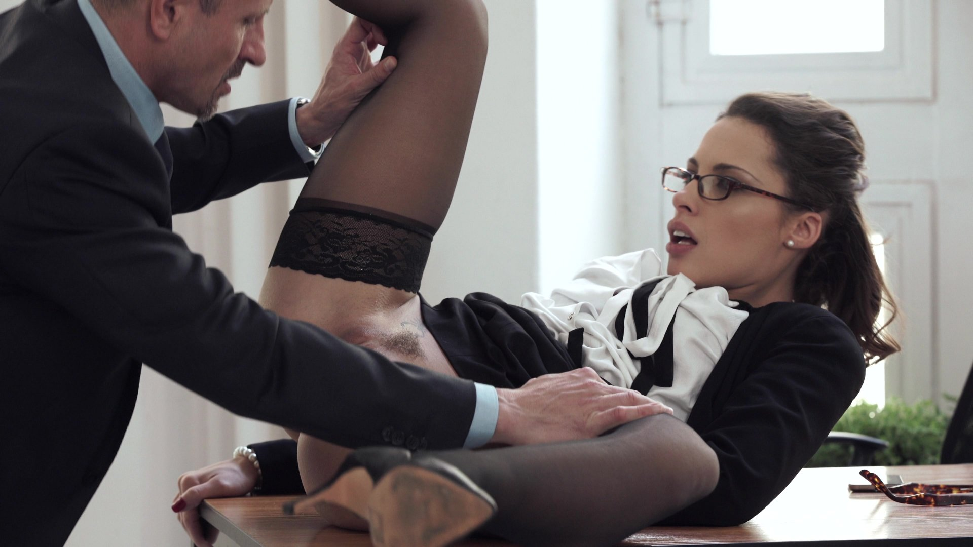 Sexy Secretary Cum Swallow For The Boss