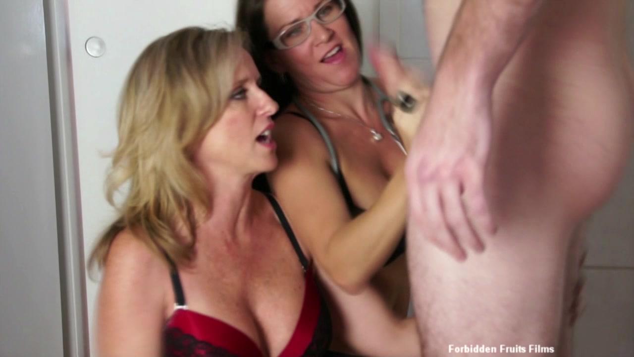 Hot Milf Handjobs 2013  Adult Dvd Empire-1681