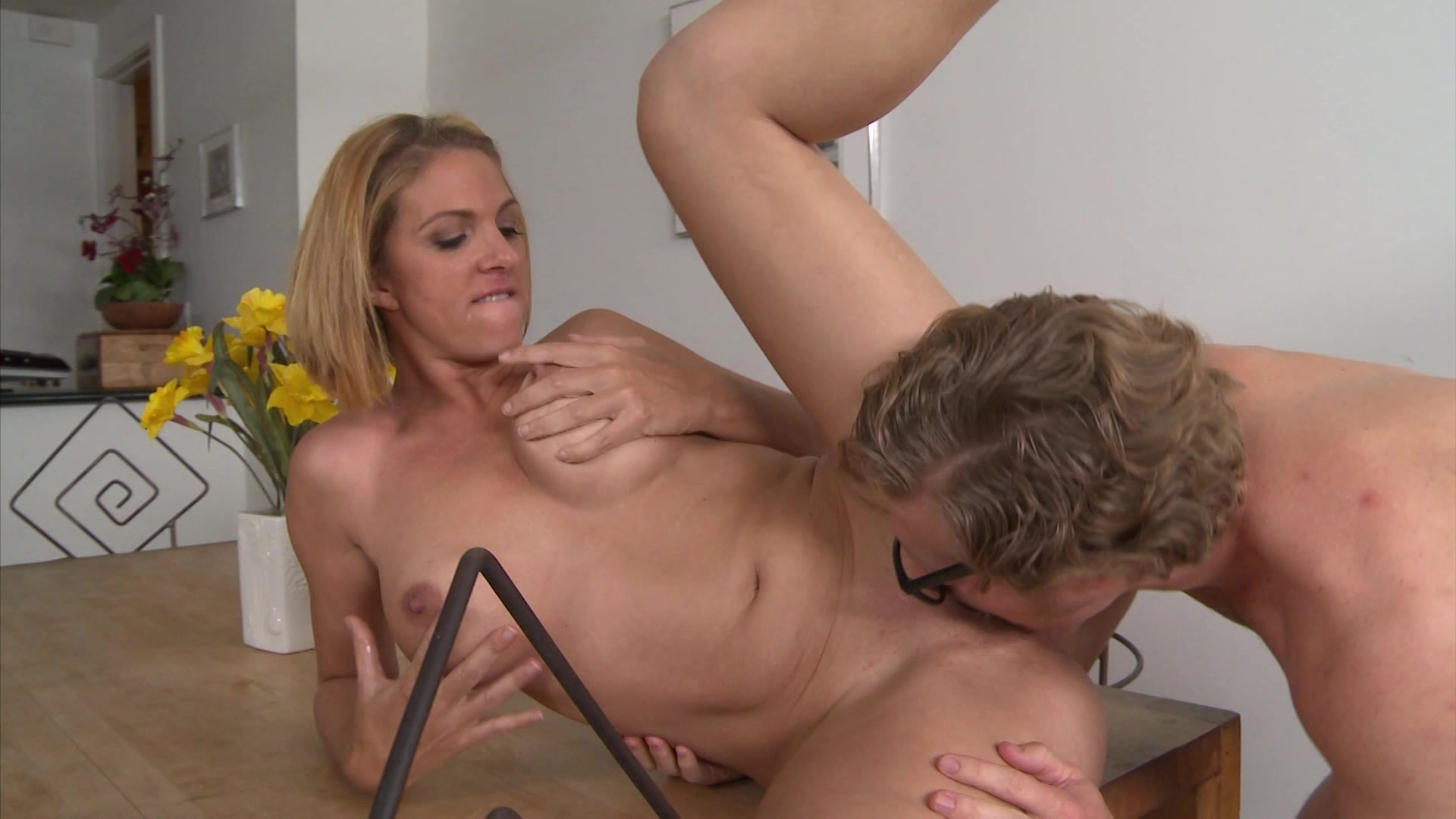 Roxanne hall biography free movies pictures milf porn