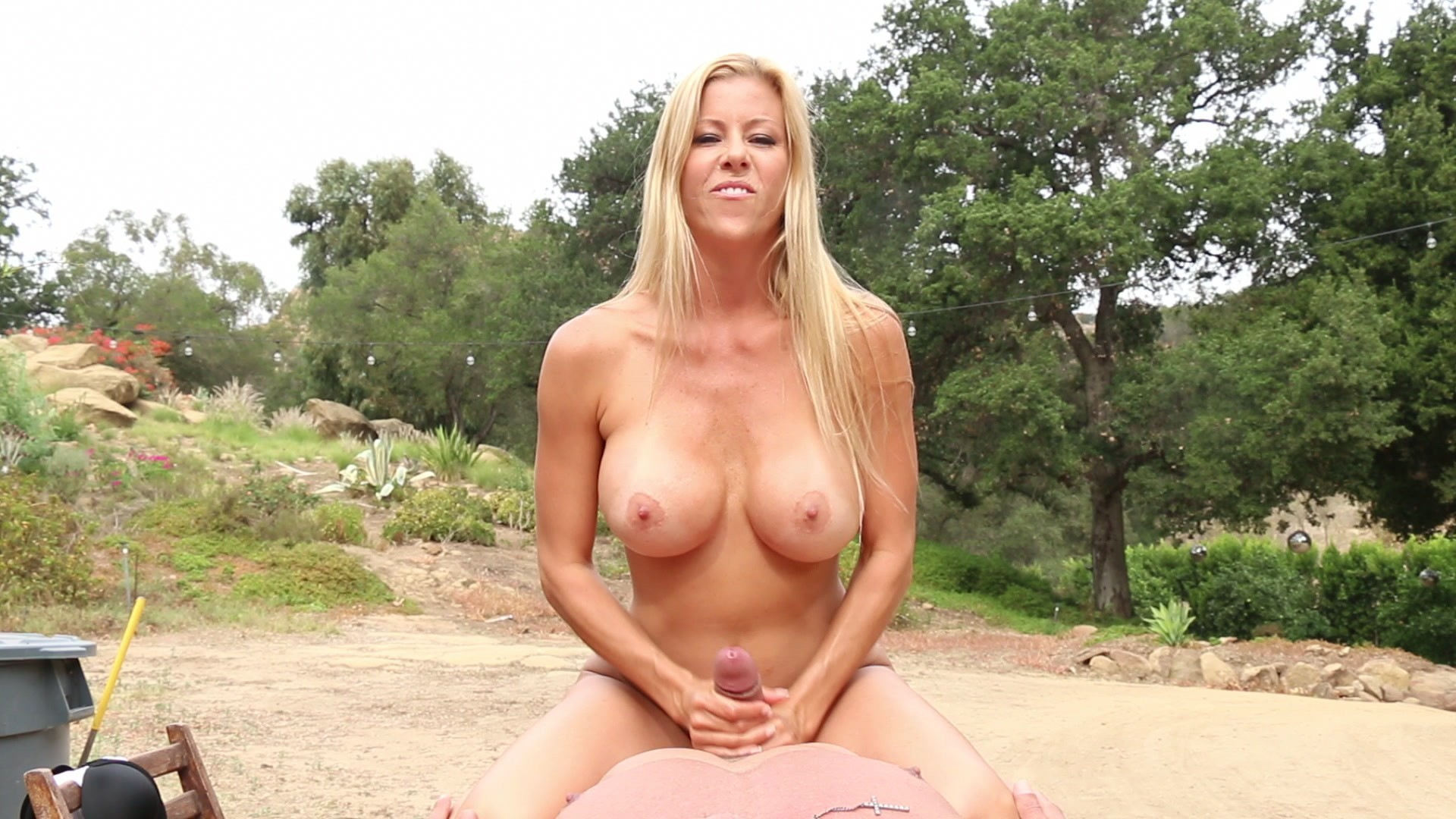 free hottest shaved pussy pics