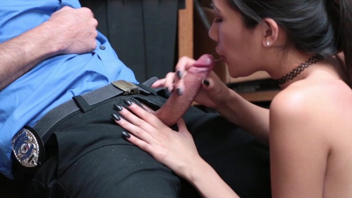 Streaming porn video still #5 from ShopLyfter 3