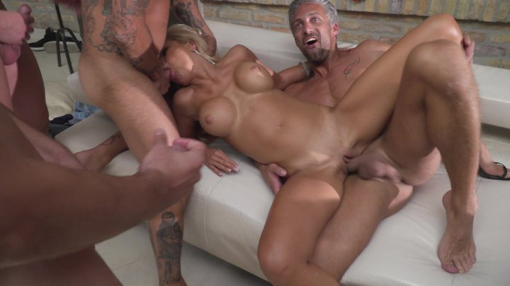 Streaming porn video still #4 from Rocco Siffredi Hard Academy Part 4 . . . Goes Live