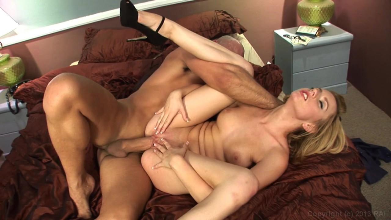 Lesbian Strap On Porn Video
