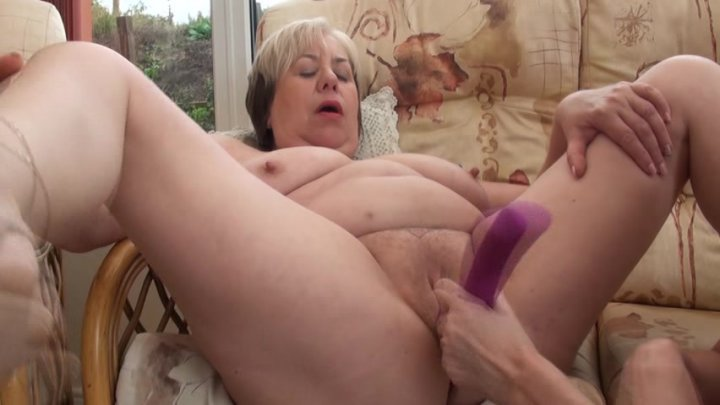 porn lesbian British granny