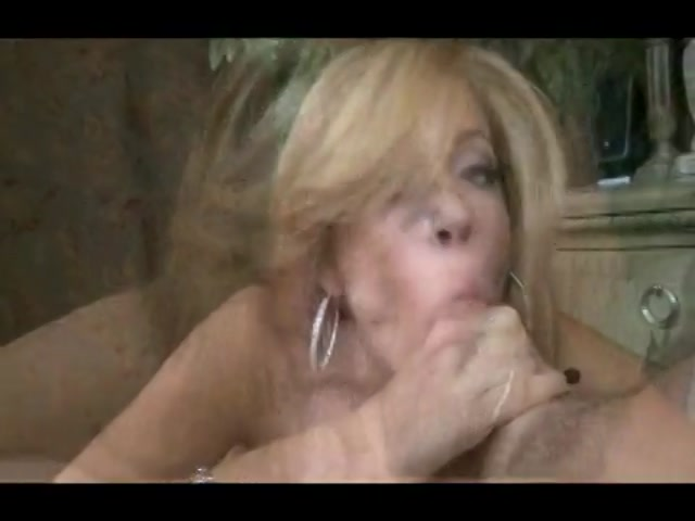 Streaming porn video still #1 from Deep Throat This 42