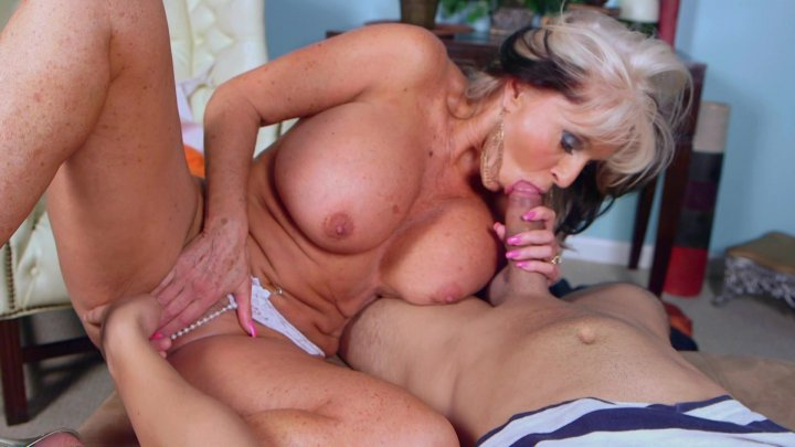 Streaming porn video still #1 from MILF Tugs Hardcut 6