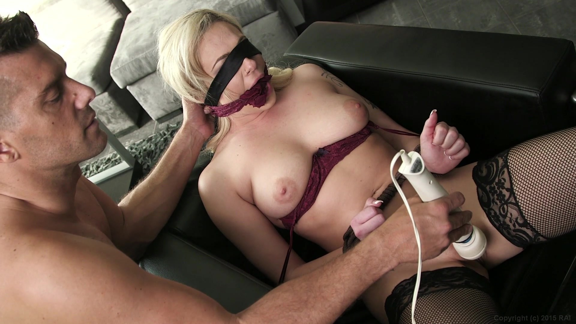 Busey Pusy High Quality Porn Photo