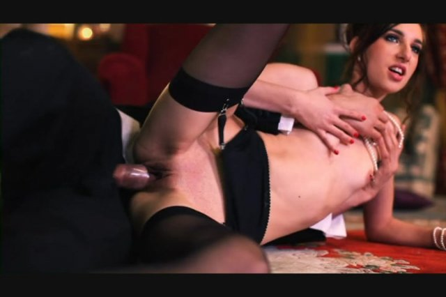 Streaming porn video still #5 from Lustful Housewives
