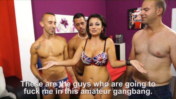 Muscle guys gangbang 3 on 1