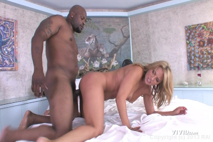 Hot blond getting fucked free site