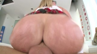 Streaming porn video still #5 from Young Tight Sluts