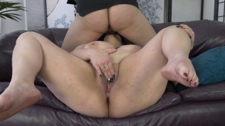 Streaming porn video still #1 from Scale Bustin Babes 71