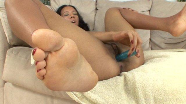 Streaming porn video still #5 from Soul Sista Solos