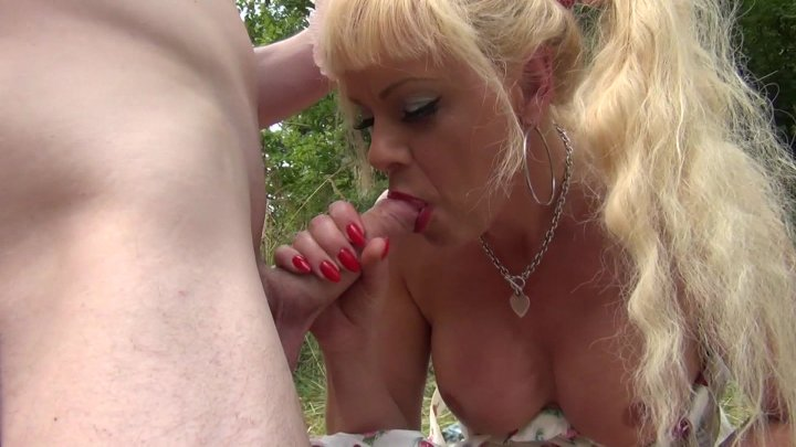 Streaming porn video still #1 from Joanna Jet The Trans Milf #10