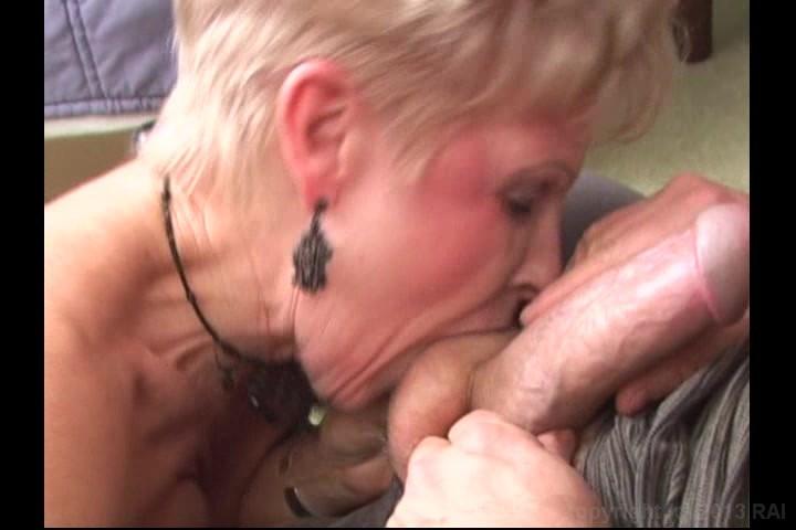 Real grannies sucking cock