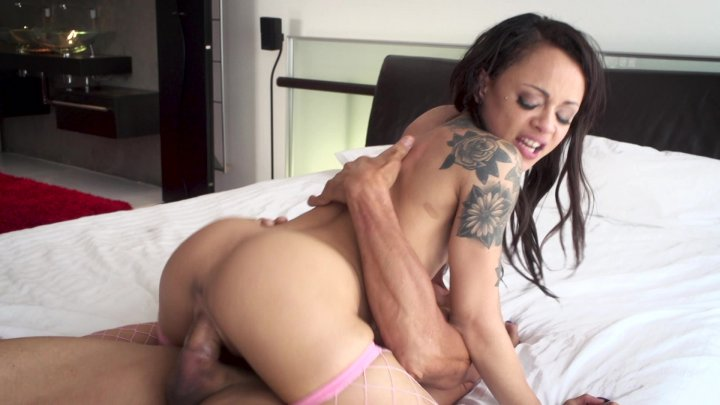 Streaming porn video still #10 from Wetter The Better - 4 Hour