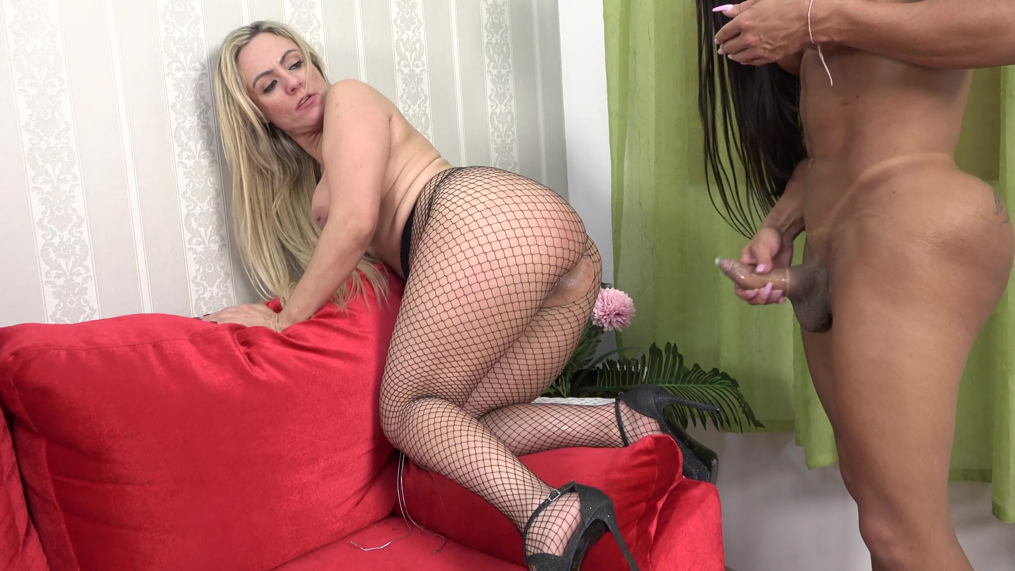 milfs suck free Watch dick for