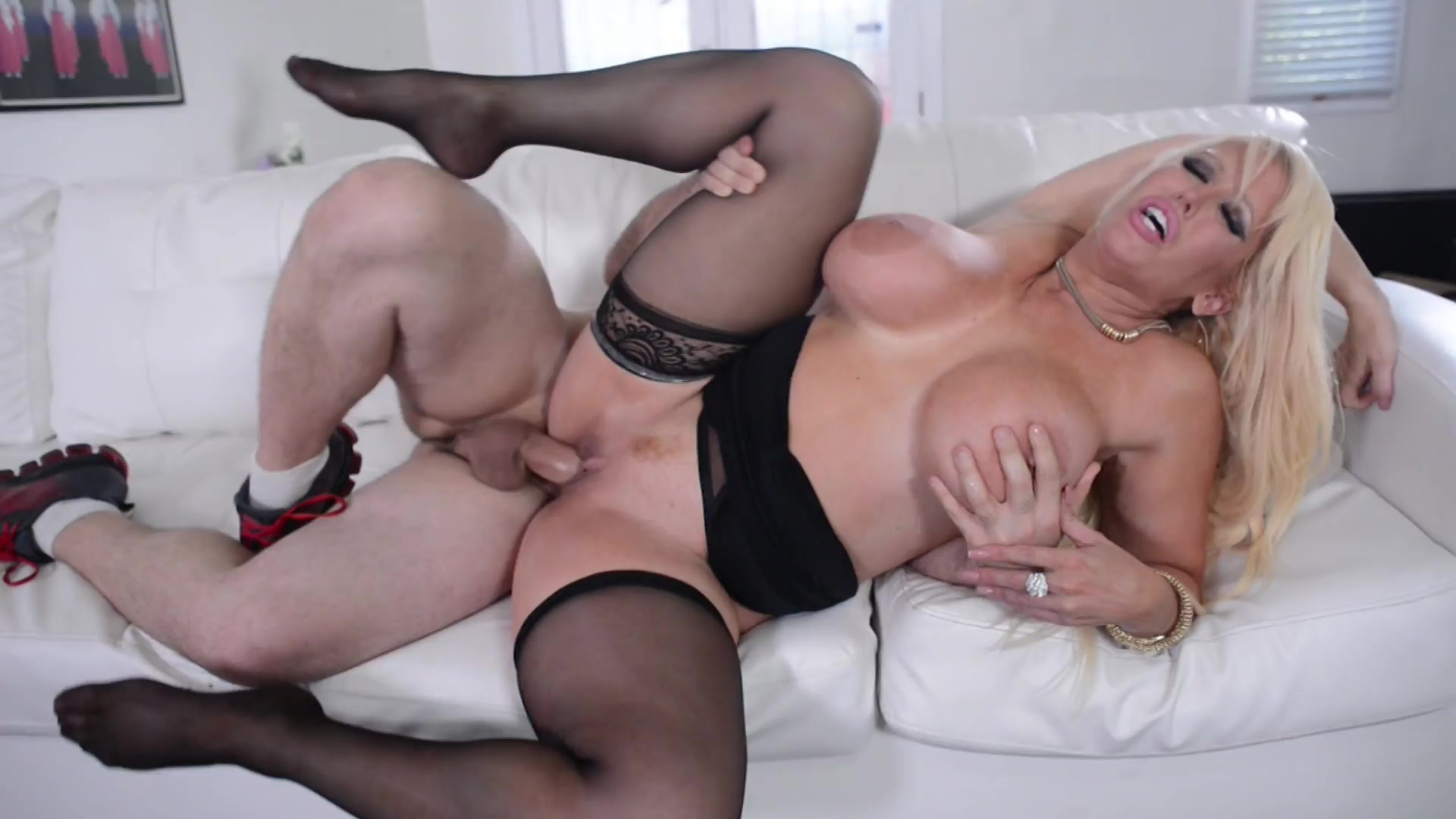 sexy girl nudes sucking on fruit