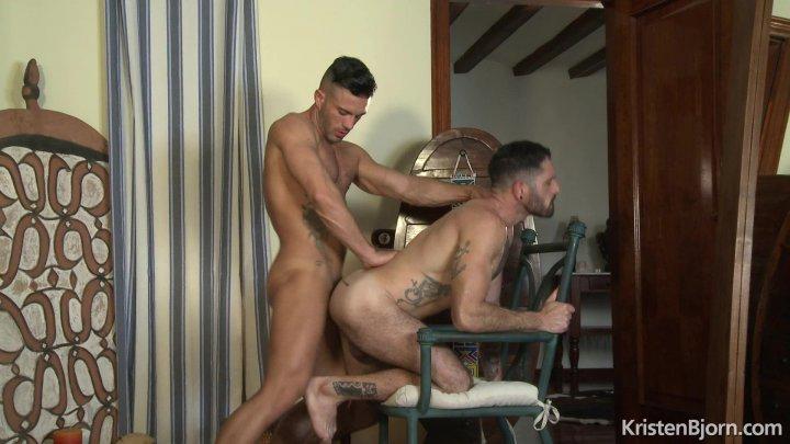 Streaming porn video still #2 from Bareback Castings 3