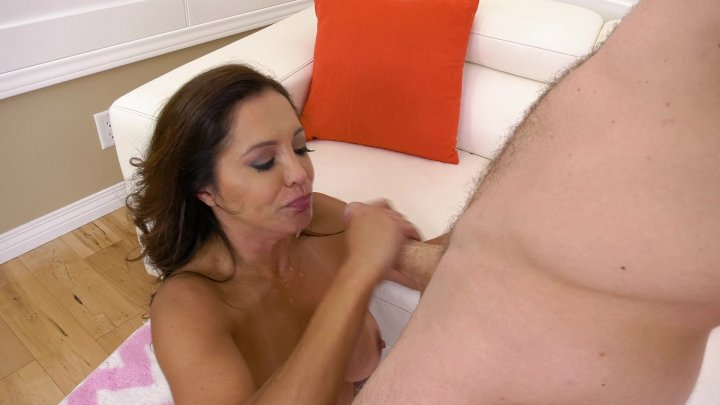 Streaming porn video still #5 from Francesca Le Is A #Hotwife 2