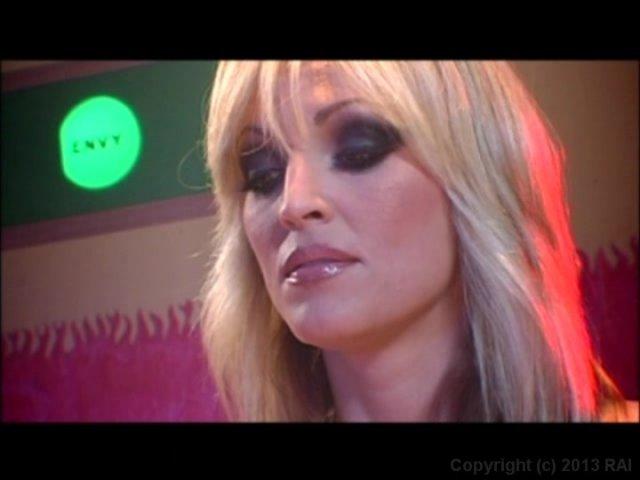 Streaming porn video still #4 from Janine Loves Jenna