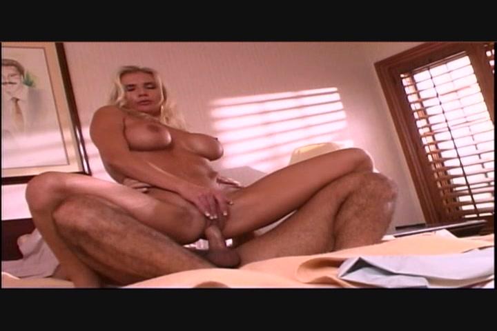 порно фильм-разговоры и поцелуи - 8