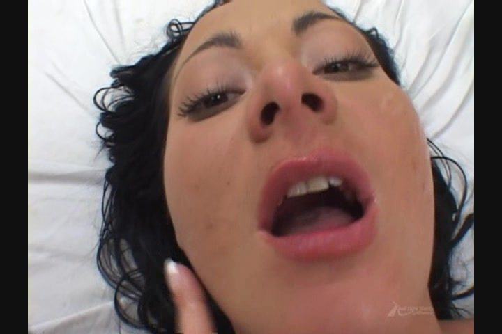 Feeding frenzy 16 cum swallow compilation by dk - 3 5