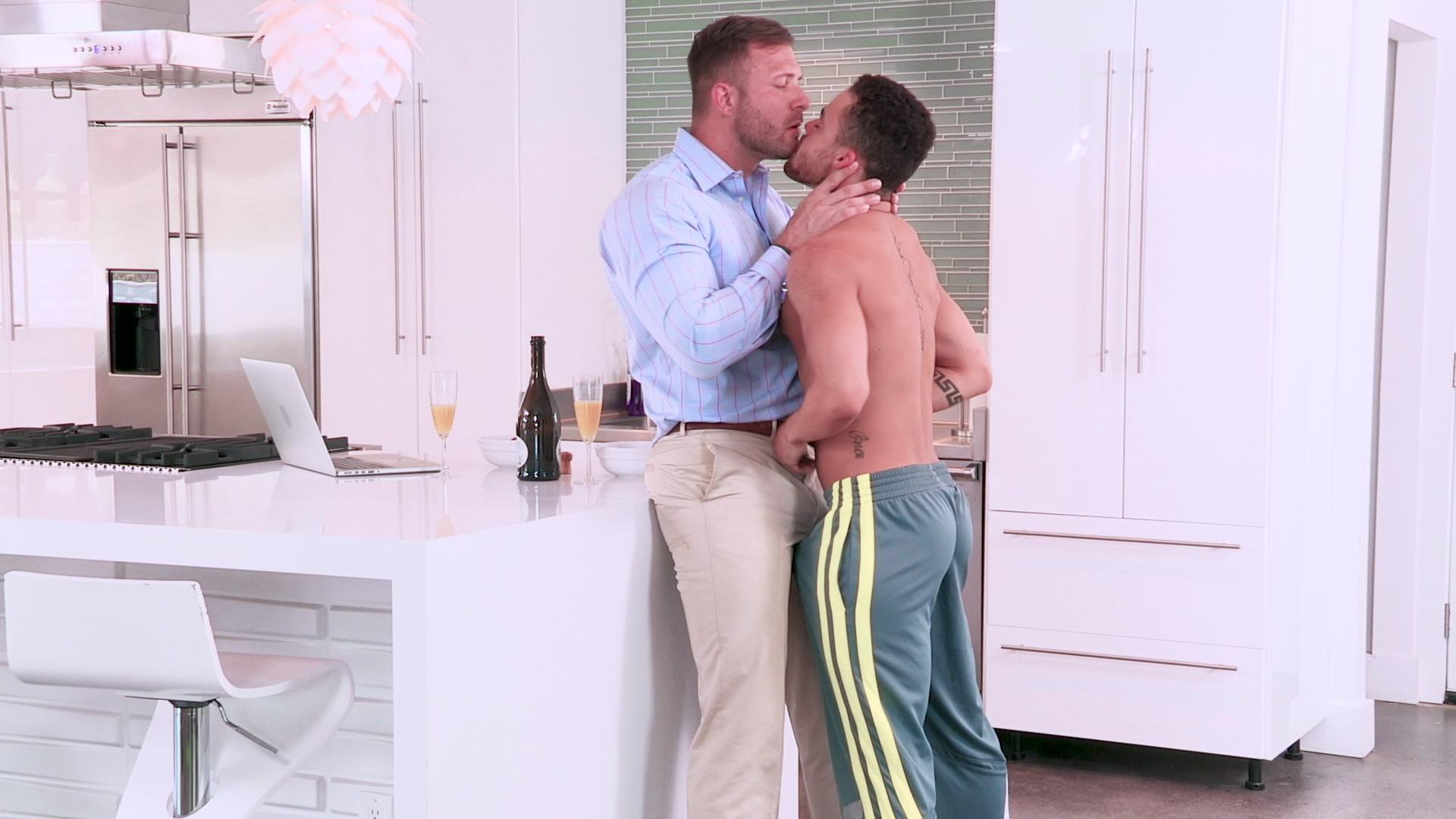 Leje Fixer, The Hot House Video Porno Movie Rental Gay-6118