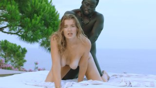Gorgeous Blonde Mia Melano and Hung Black Stud Freddy Gong Get It On