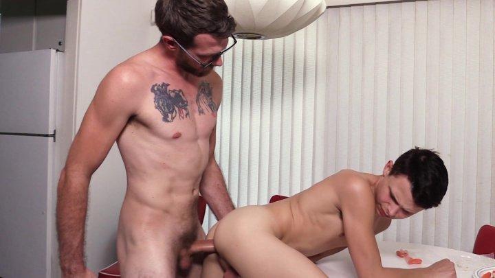 Streaming porn video still #1 from Family Dick 4