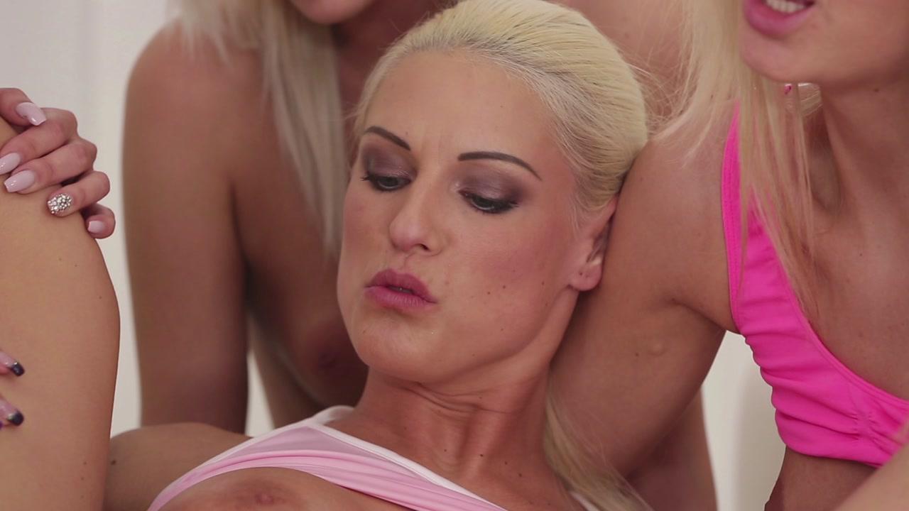 Jayna blonde pornstar