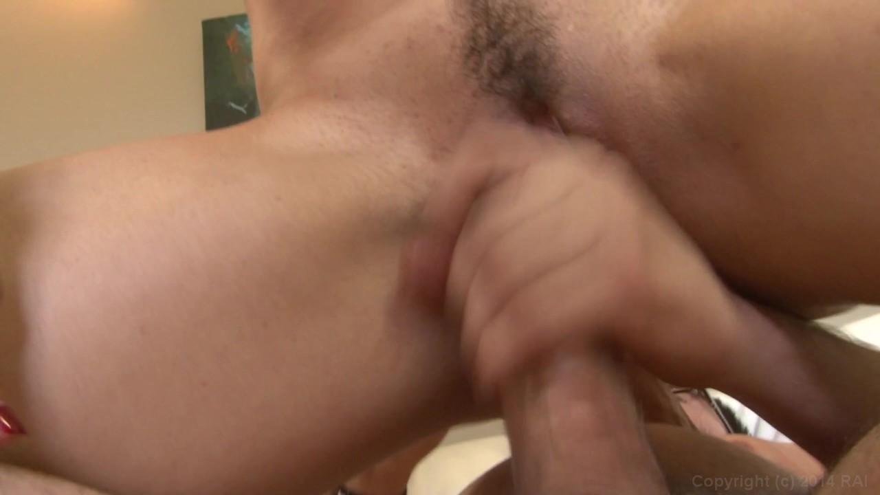 https://caps1cdn.adultempire.com/o/2437/3840/1710616_01280_3840c.jpg
