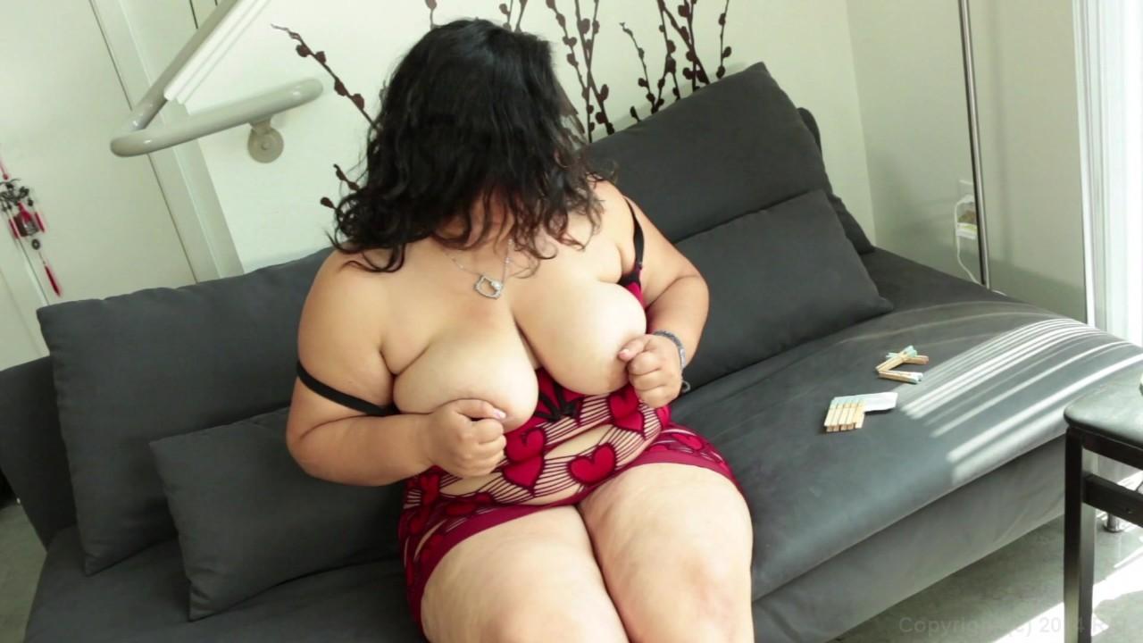 https://caps1cdn.adultempire.com/o/2437/3840/1711761_06340_3840c.jpg