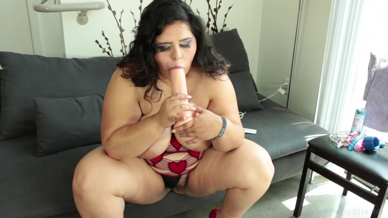 https://caps1cdn.adultempire.com/o/2437/3840/1711761_07090_3840c.jpg