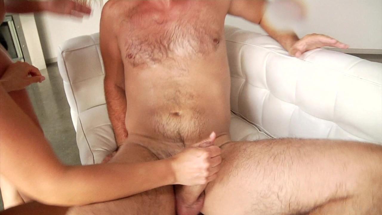 https://caps1cdn.adultempire.com/o/2437/3840/1711794_02460_3840c.jpg