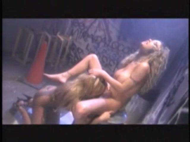 Streaming porn video still #1 from Carpet Munchers #4