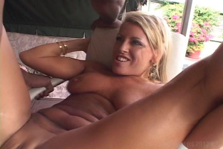 gratis porno Milfs getting fucked dikke zwarte vrouwen Sex Videos