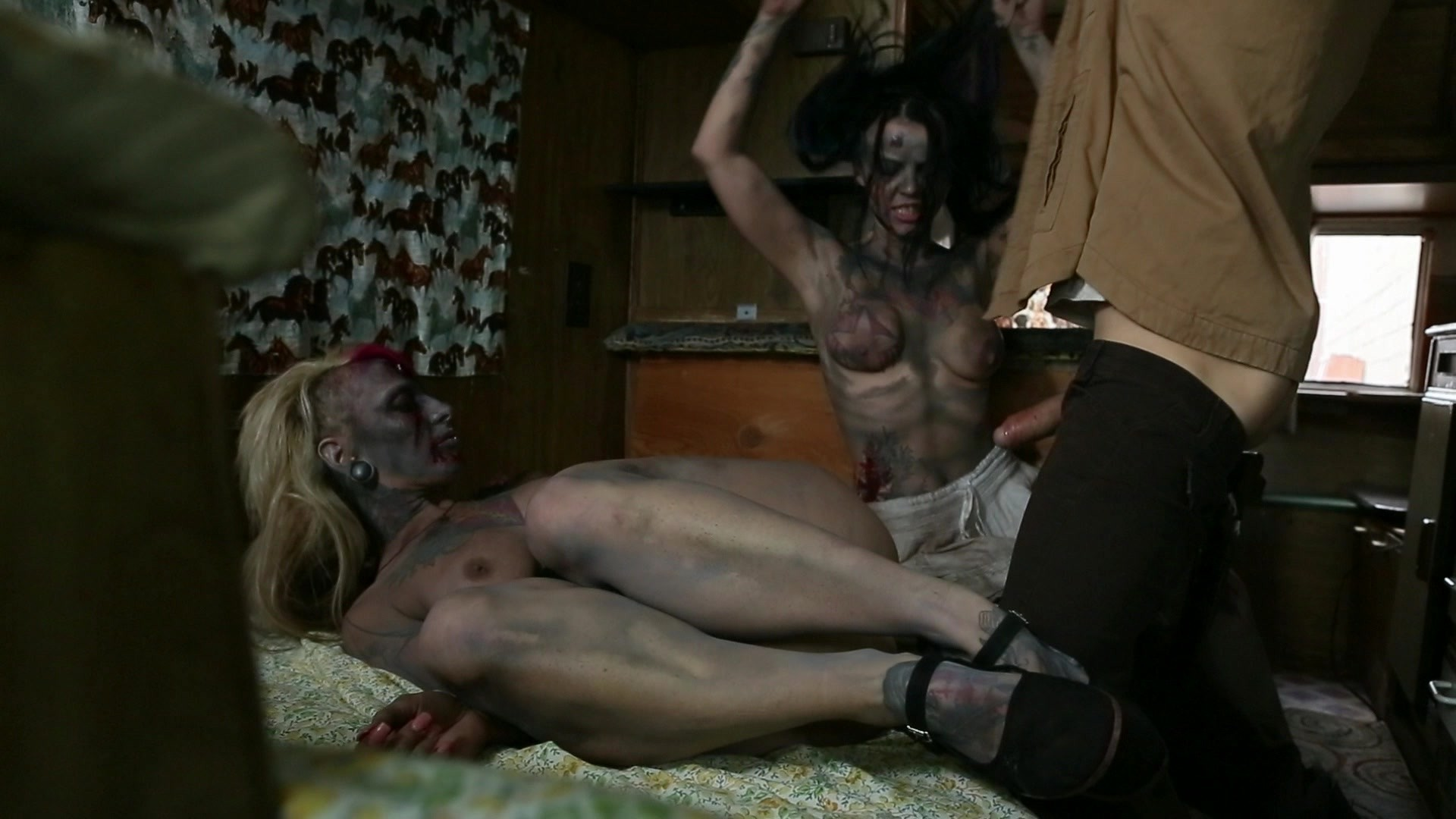 zombie-movies-nude-scenes-videos-porno-amateur