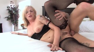 Screenshot #10 from Perfectly Dirty Blondes 3