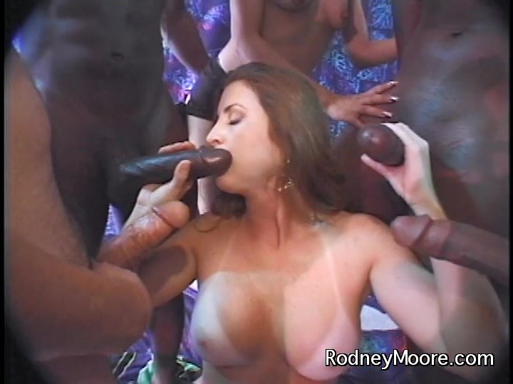 Cum on her face orgy
