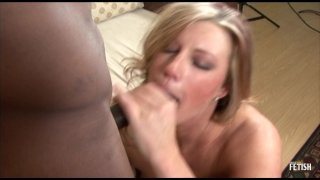 Streaming porn scene video image #5 from Curvaceous Cougar Cannot Resist Black Dick