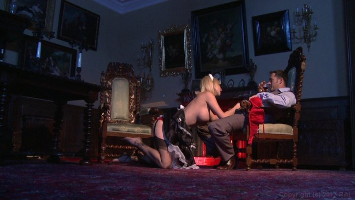 Streaming porn video still #7 from French Maid Service (Soubrettes Services) (French)