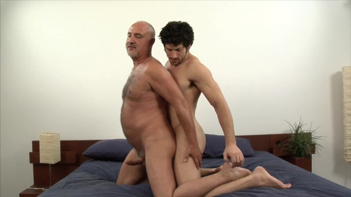 Streaming porn video still #1 from Leo Giamani