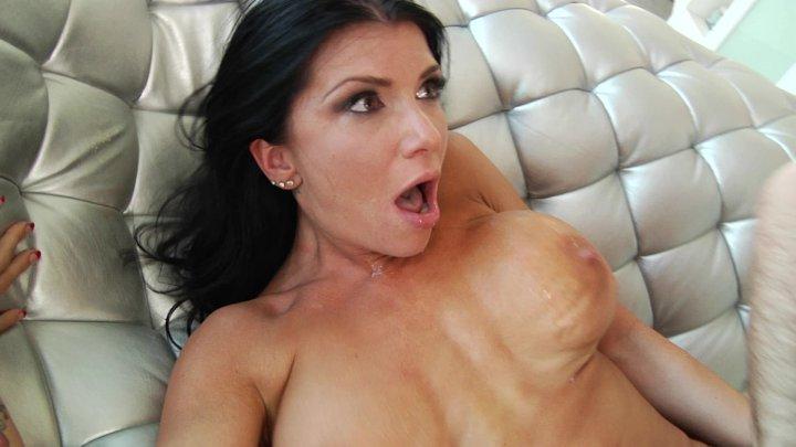 Streaming porn video still #1 from Prime MILF