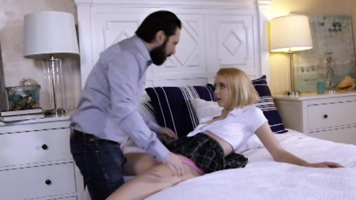 Streaming porn video still #2 from All Chloe Cherry