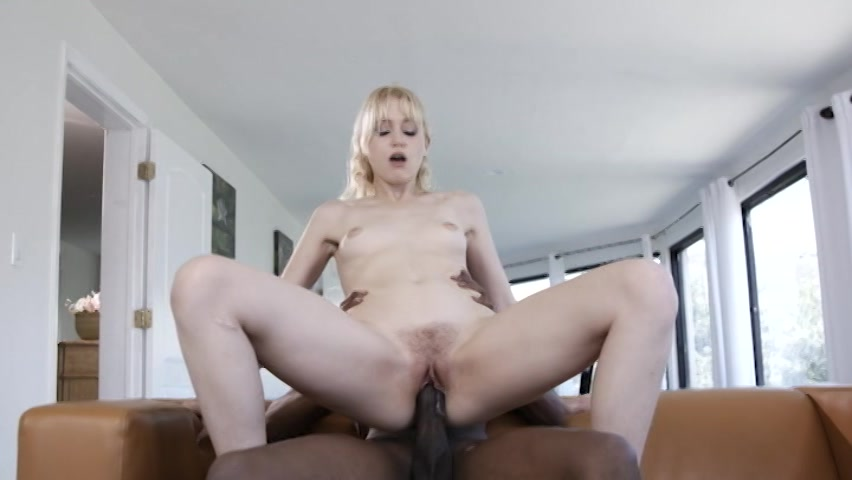 Blonde Spinner Chloe Foster Takes Massive Dick Up Her Tigh Sweext 1