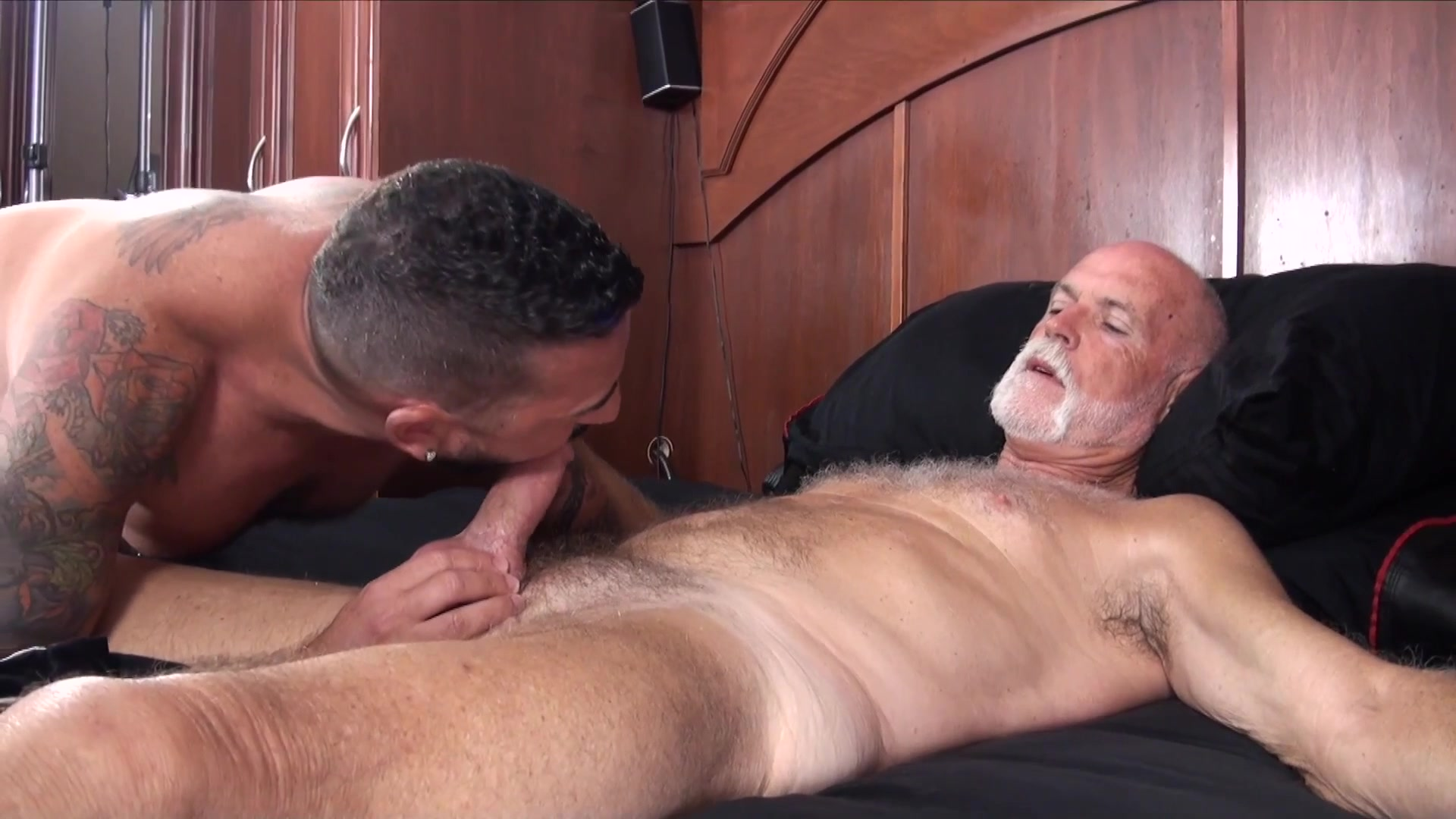 porno gay older 4 me videos completos